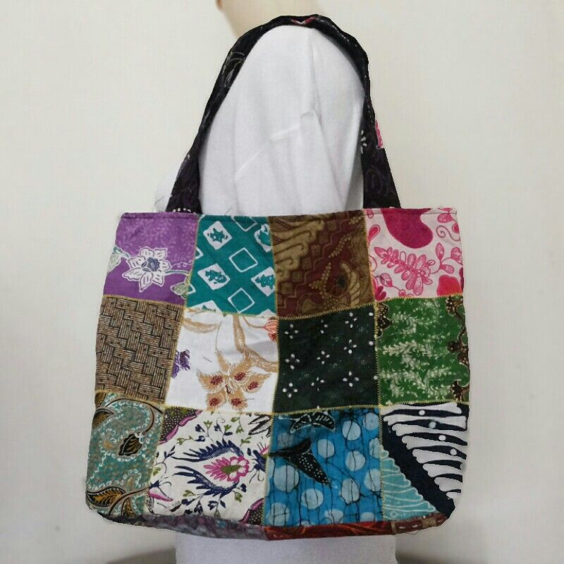 Handmade by Noe's Collection .. it's patchwork BATIK bag
