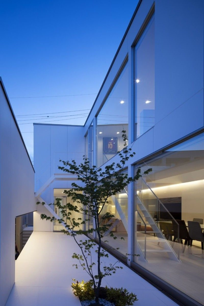 今 憧れるのはシンプルおしゃれな白い壁の家 スタイリッシュな白い外観の家 まとめ フリーダムな暮らし ガラージュ エクステリア 住宅 外観