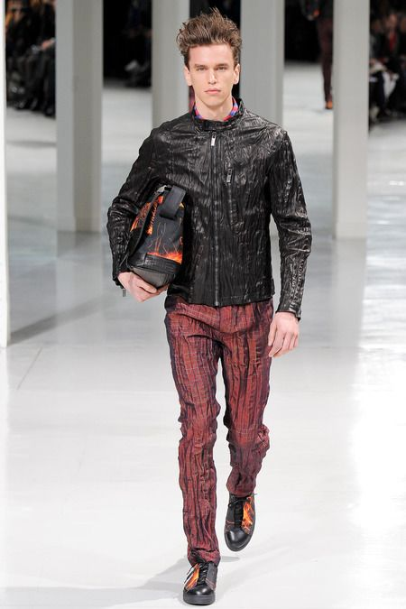 Issey Miyake   Fall 2014 Menswear Collection   Style.com
