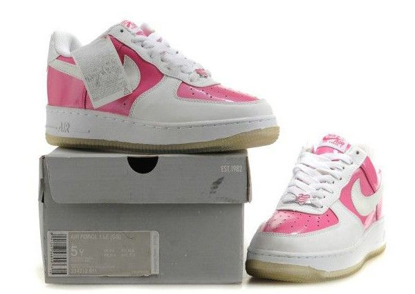 wholesale dealer fbfea 5b8c3 Hot pink Nike air force 1  Chic Pink White Nike Air Force One Low Cut  Sneakers Sale Online