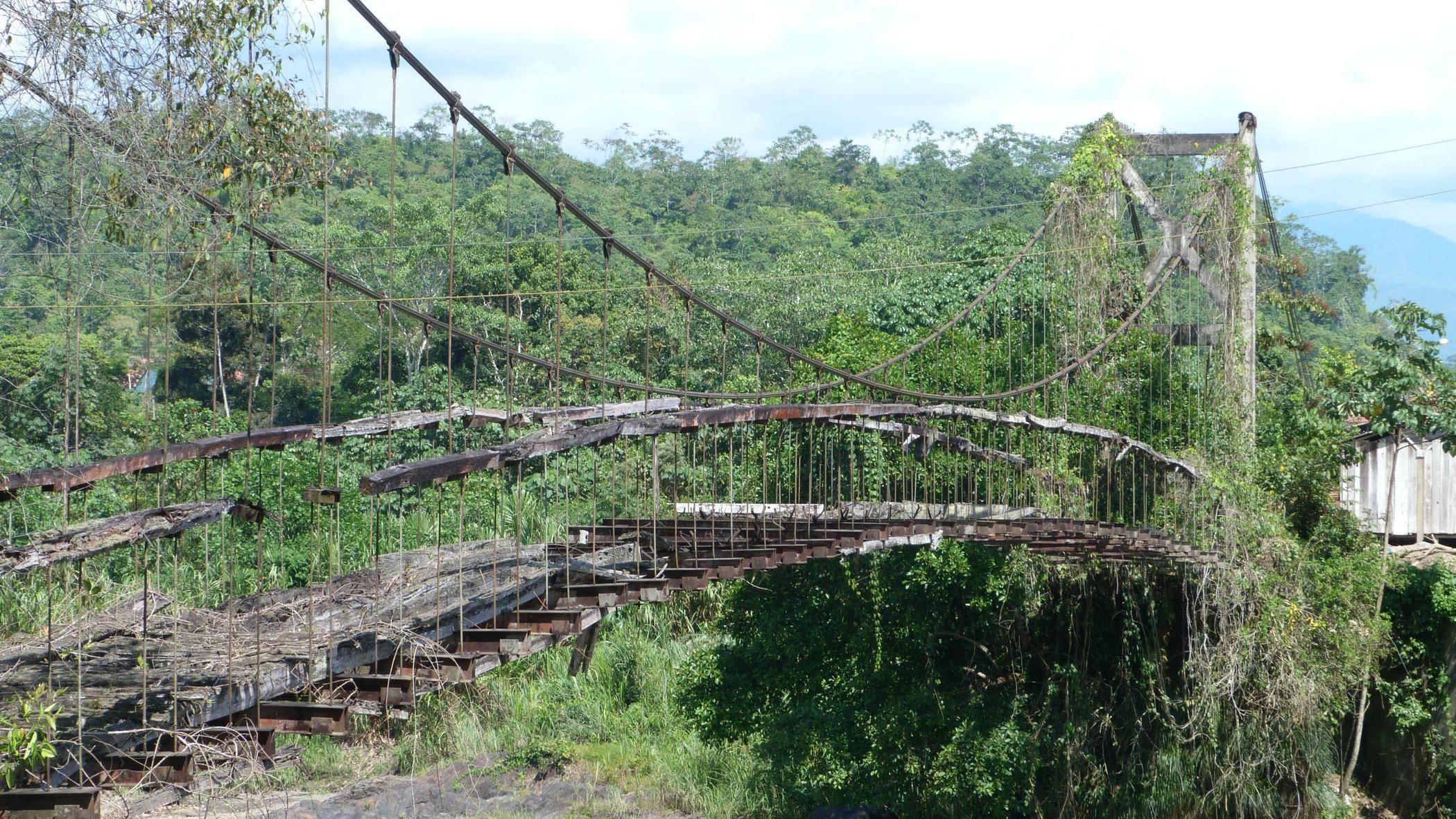 Abandoned Bridge Verlaten