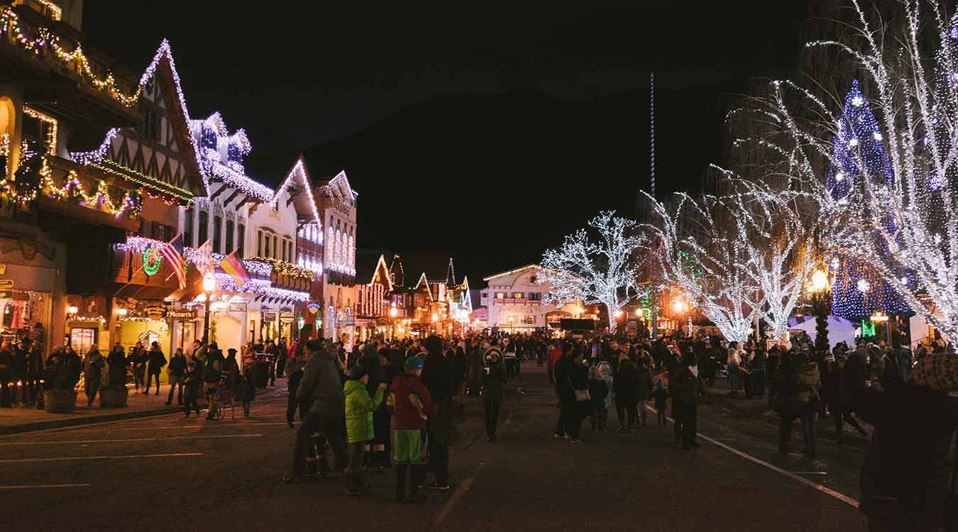 12 Reasons To Experience Leavenworth Christmas Lighting 2019 Leavenworth Christmas Leavenworth Washington Christmas Leavenworth