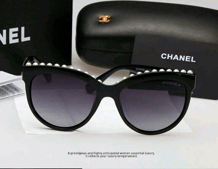5b5474b6fd60d Chanel cateye shades · Óculos De SolUsando ...