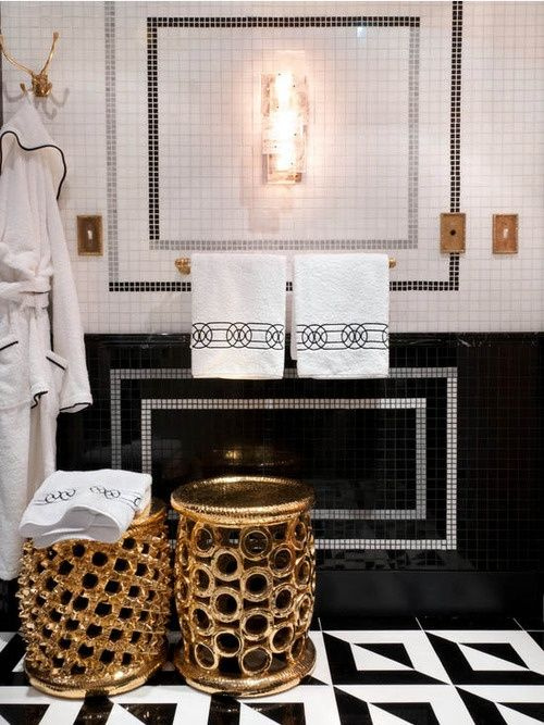 Black and gold home decor black white and gold bathroom for Black and gold bathroom ideas