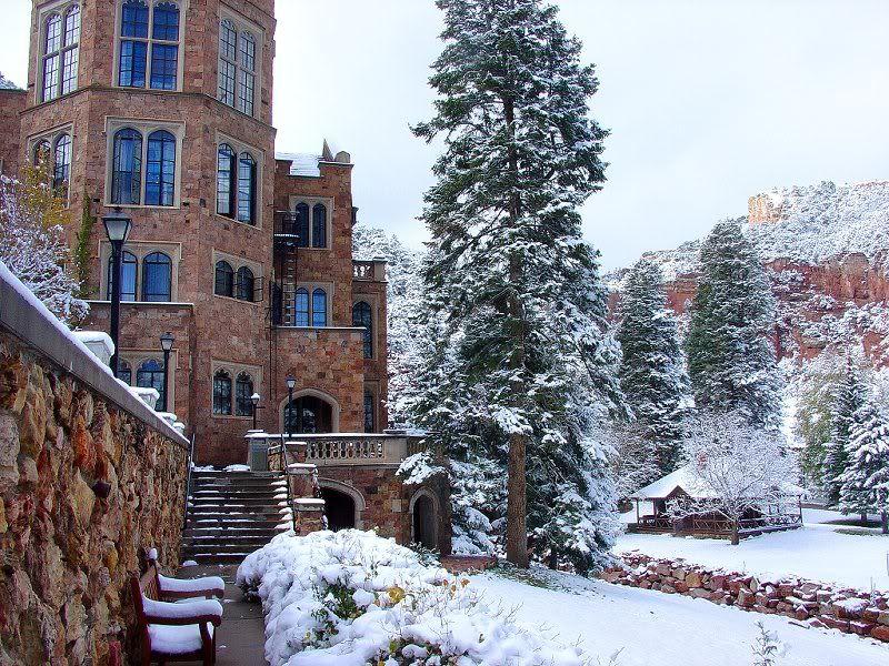 Glen Eyrie Castle Colorado Winter Wedding