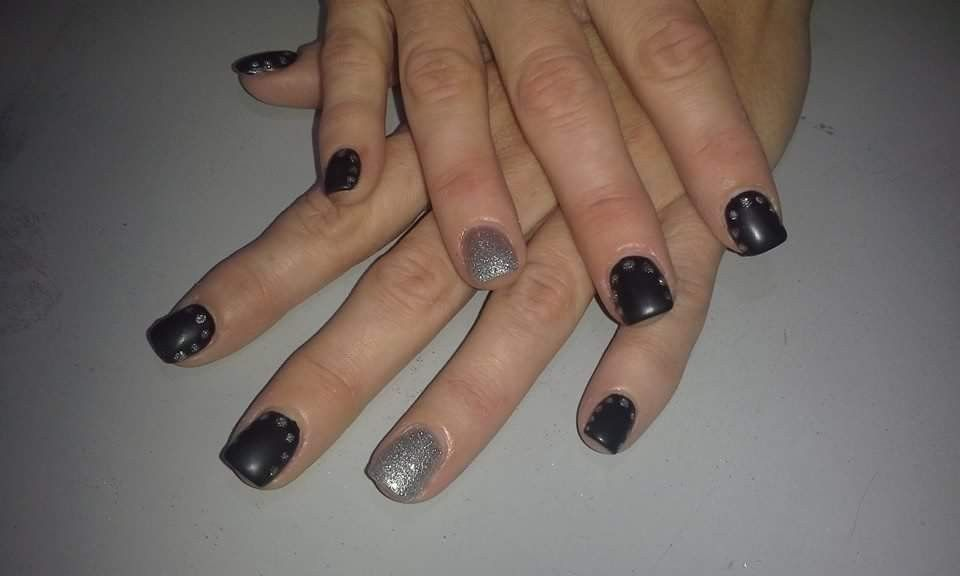 Winter Nail Design Acrylic Nails With Hand Painted Dotted Nail Art