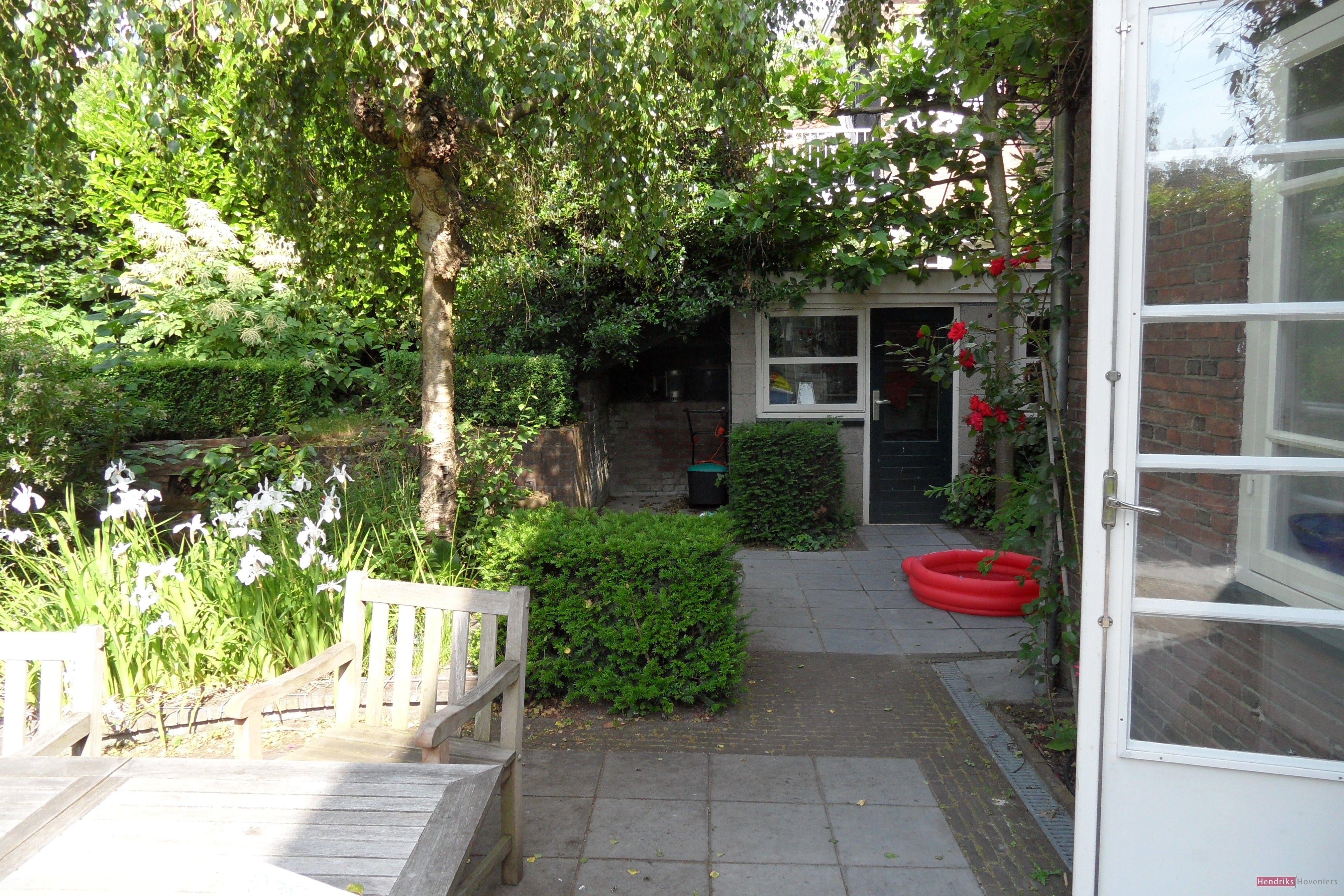 Kleine engelse tuinen google zoeken achtertuin for Kleine stadstuin ideeen