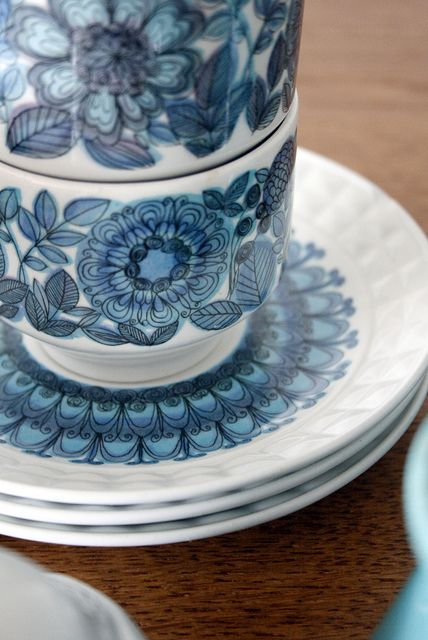 Vintage Blue and White Teacups and Saucers