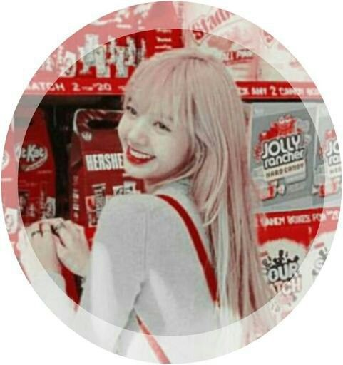 Pin By Lisa Manoban On Bᥣꪖᥴkpꪱꪀk Lisa Blackpink Wallpaper Black Pink Kpop Blackpink Lisa