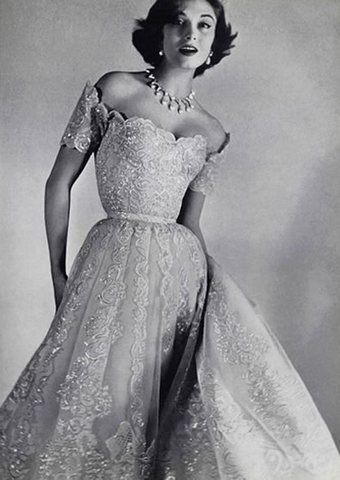 glamorous 1950s evening gowns