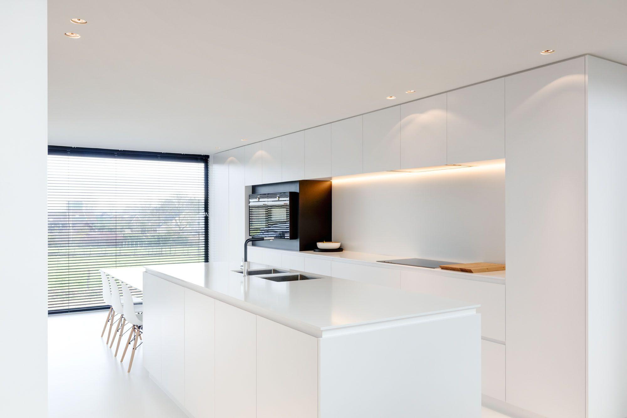 Keuken Witte Kleine : Witte gietvloer in de keuken. keukens pinterest küche neue