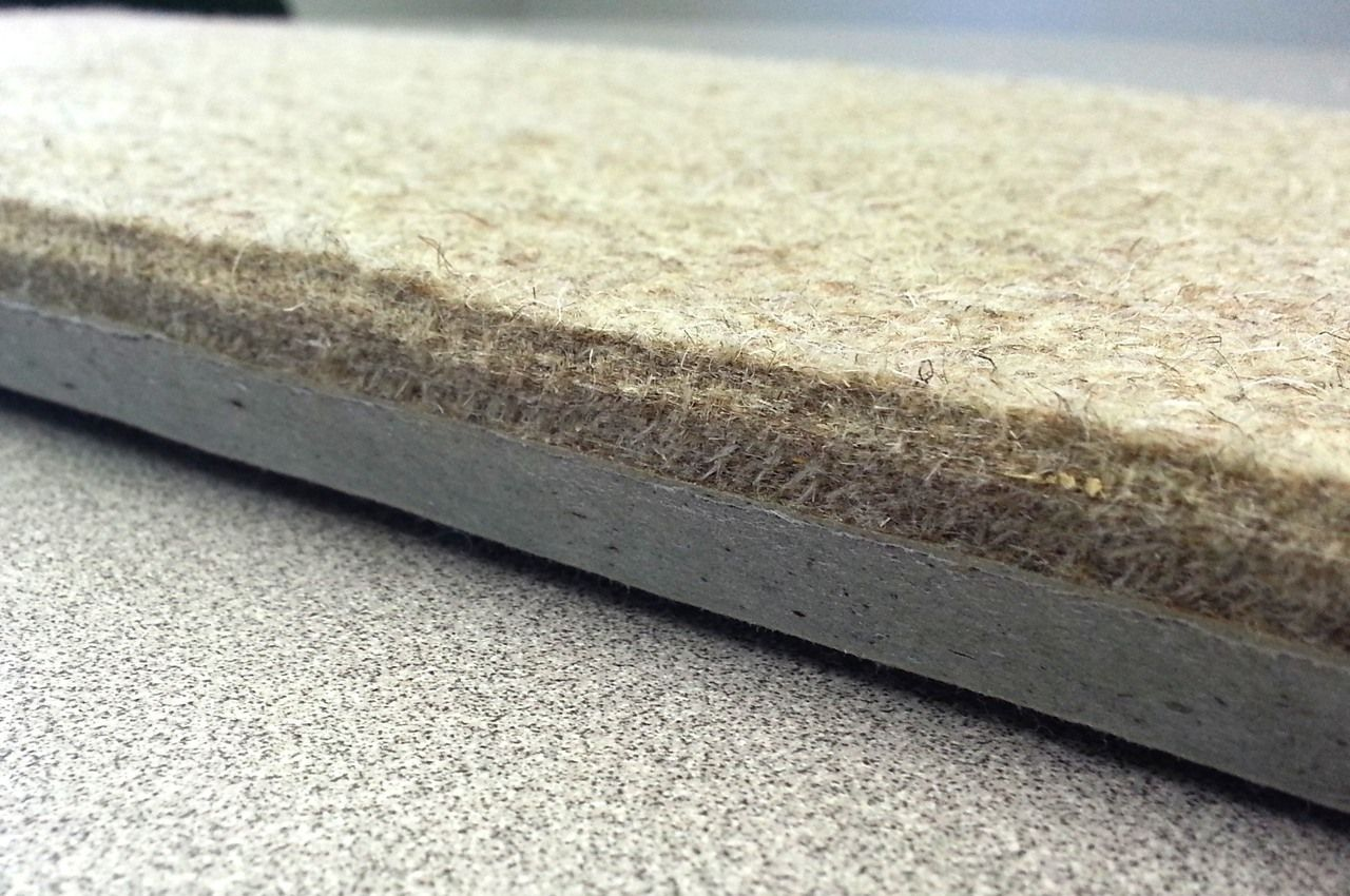 (http://www.thefeltcompany.com/sound-deadening-panels-18-x-9-x-3-4-thick-2-59-each/)