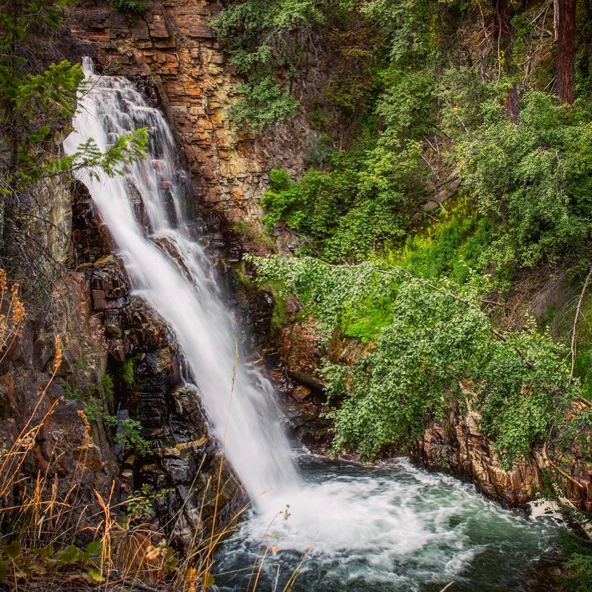 So many amazing spots in BC! This amazing waterfall is in Marysville near Kimberley. Love it here. #marysville #kimberley #waterfall