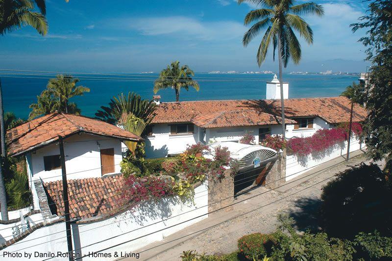 Puerto Vallarta's south zone. many villas. condos and developments. http://i0.wp.com/www.puertovallarta.net/what_to_do/ | Puerto vallarta. Jalisco. Vallarta