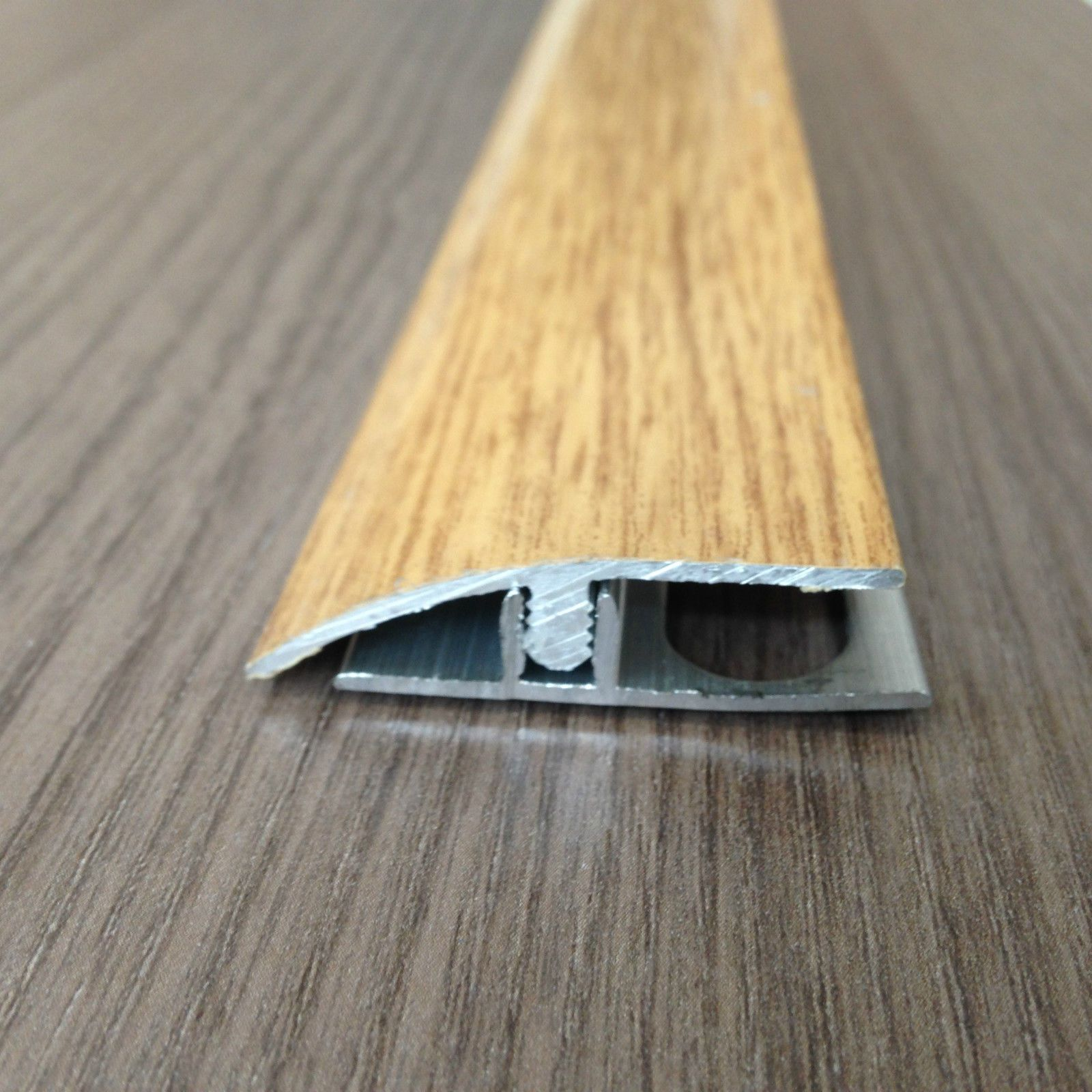 Giunto Dislivello pavimento laminato barra 2.7 mt finitura effetto ...