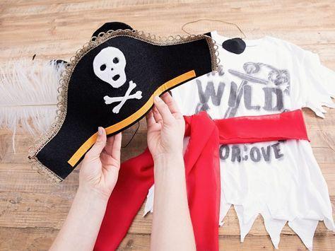 diy-anleitung: piratenkostüm für kinder selber machen via dawanda | piraten kostüm kinder