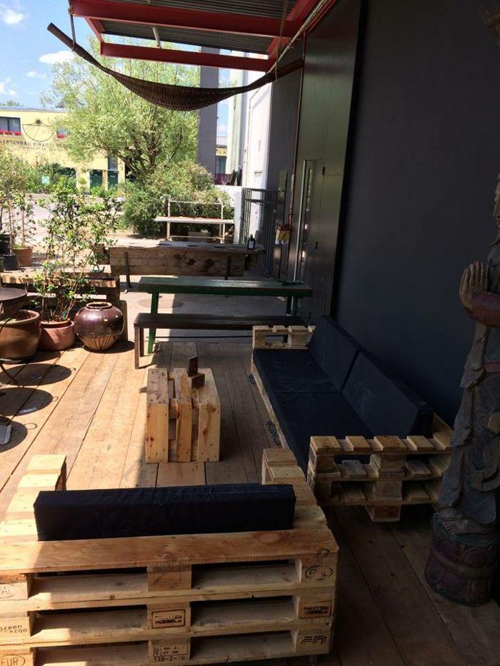 Balkonmöbel aus europaletten  101 Holzpaletten Ideen für Ihr stilvolles Zuhause | Pinterest ...