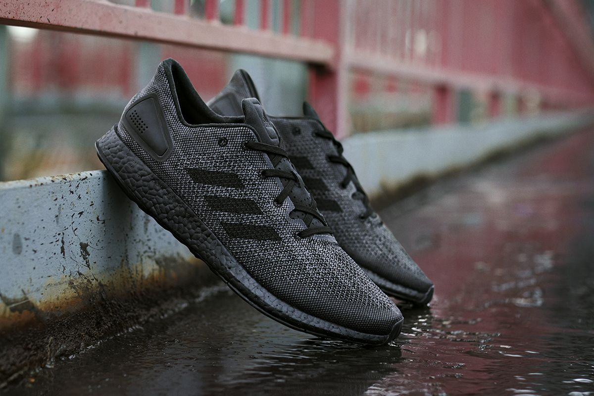 Adidas Pure Boost DPR: Triple negro Sneakers: Adidas Pure Boost
