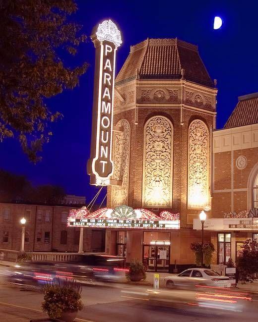 Paramount Theater Aurora Illinois Google Search Paramount Theater Drive In Movie Theater Chicago Photos