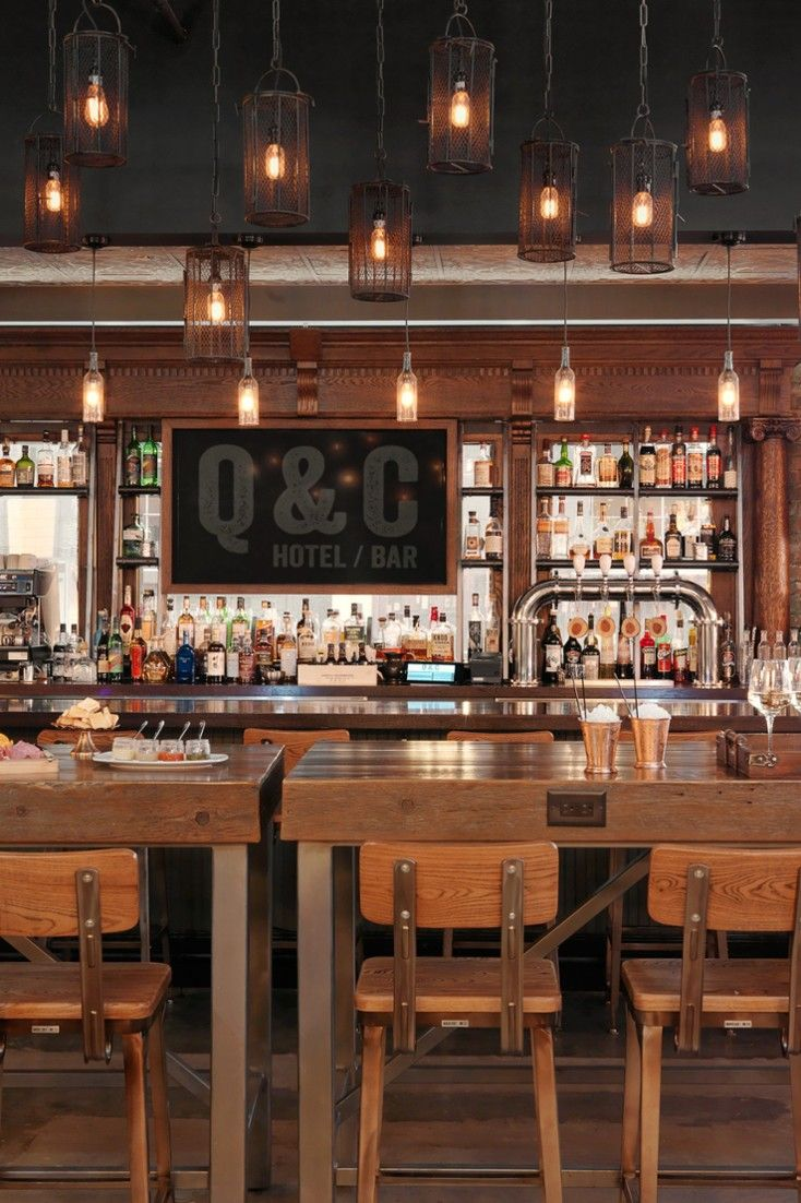 The Q C S Lobby Bar Slings Craft Tails And Small Batch Brews Queen Crescent Hotel Jetsetter
