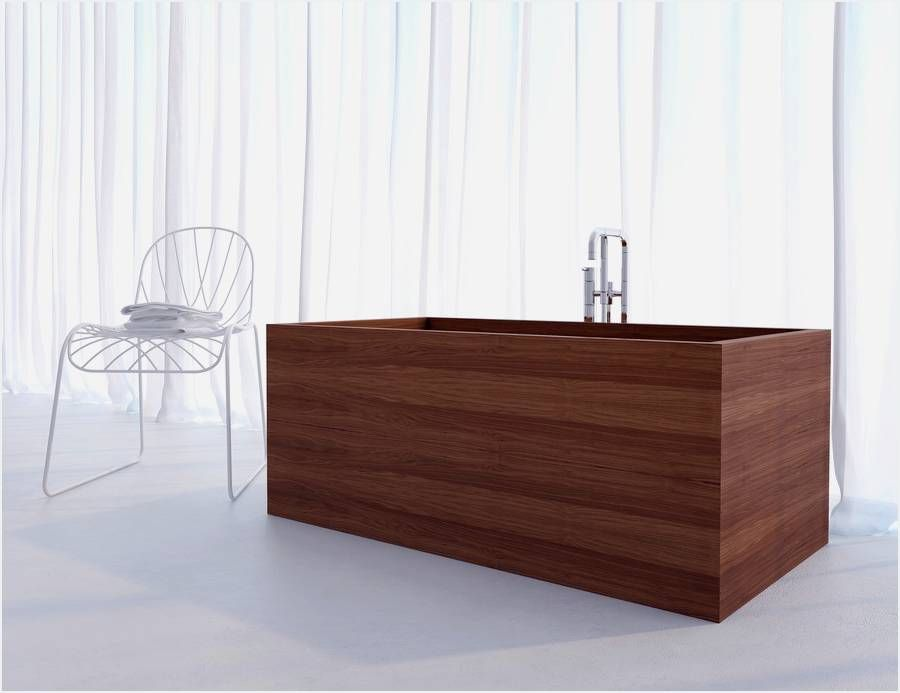 strong>Wooden bathtubs</strong> are an incredible decision for a ...