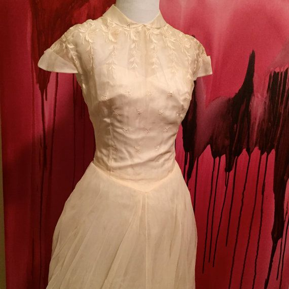 Vintage Wedding Dress Vintage 1950s Cahill by I by OliveOilVintage
