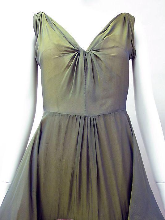 Dinner dress Charles James (American, born Great Britain, 1906–1978)  Date: 1945 Culture: American Medium: silk. Detail
