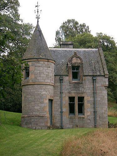 scotland fairy castle