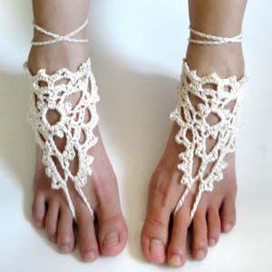 crochet barefoot sandals. Not a free pattern but super cute!