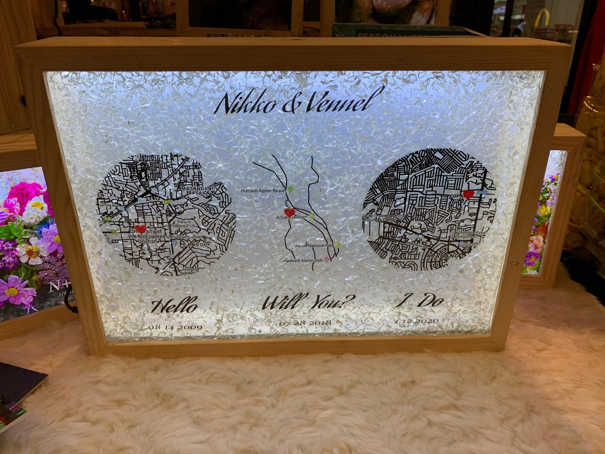 Weddings Customized Led Lamp In 2020 Upcycle Glass Personalized Gift Items Customized Gifts