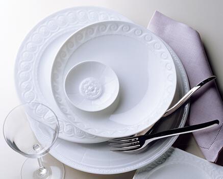 Service de table porcelaine de limoges assiettes - Porcelaine de table ...