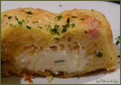 Gateau de pomme de terre kiri lardons 500 g de pommes de terre épluchées - 150 g de lardons fumés - 6 Kiri® - 1 poignée de gruyère râpé - 3 œufs  - 3 cuillères à soupe rases de farine - ½ càc de sel - ½ càc de muscade - poivre