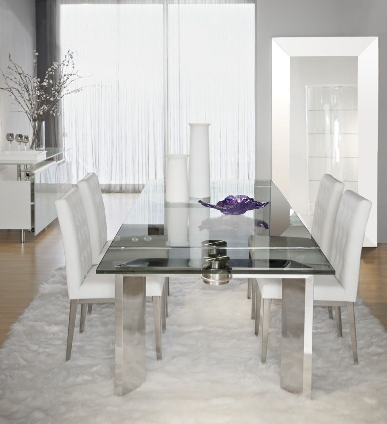 Room Mo Dining Table
