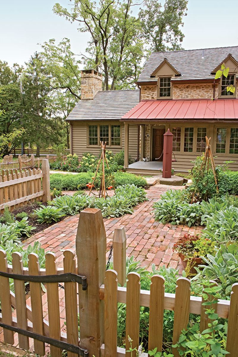 Best Faithful To Local Roots With Images Brick Courtyard House Roof Wood Shingles 400 x 300