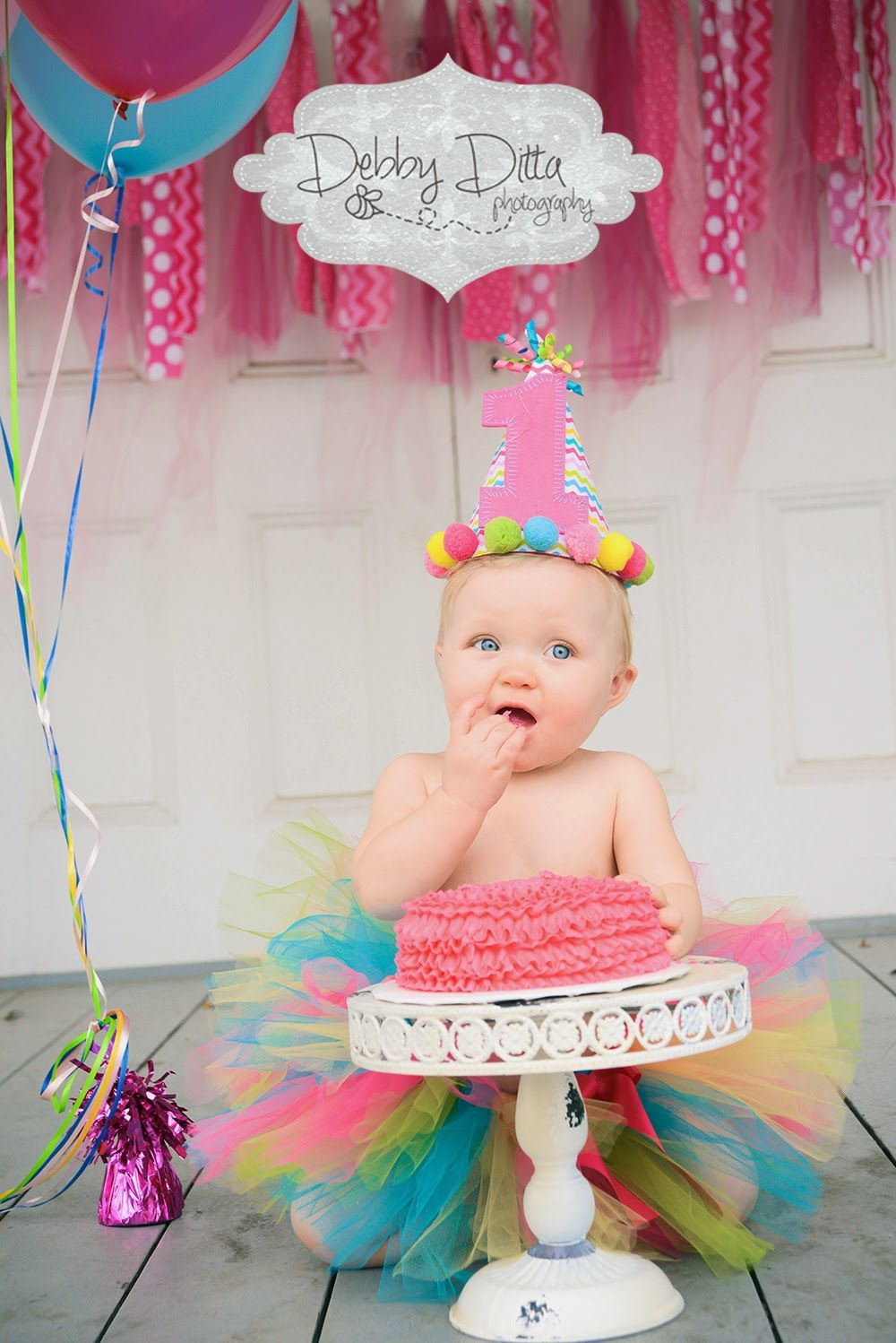 Cutest Cake Smash One Year Session Ever Baby Girl And Her Party Balloons Debby Ditta Photography Happy First Birthday Old