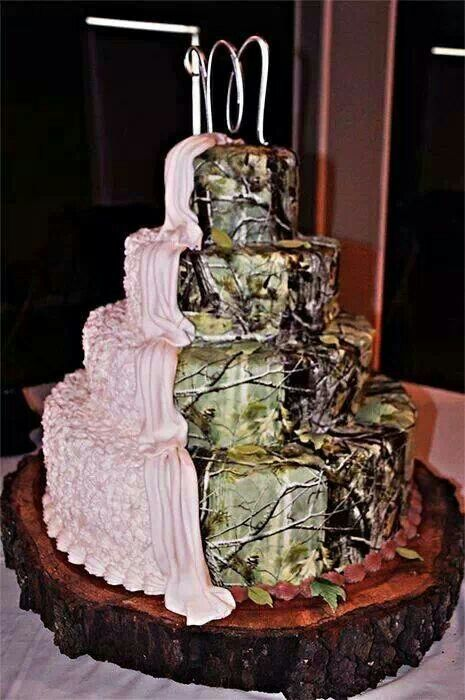Pin By Crystal Elliott On Cakes Country Wedding Cakes Camo Wedding Cake Camo Wedding Cakes