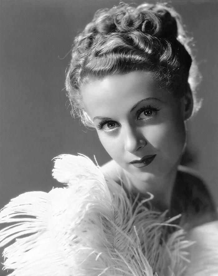 Danielle Darrieux, legendary French star of PLAISIR and EARRINGS OF MADAME DE..., turns 98 today! 01/05/1917