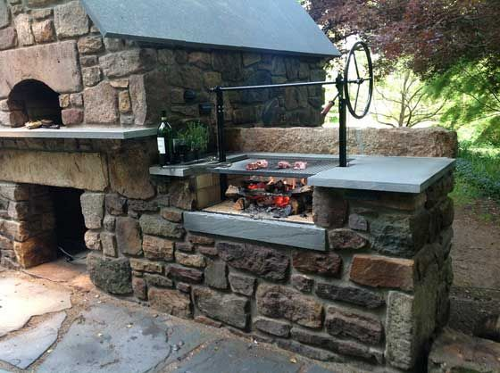28 Outdoor Wood Fired Ovens Help To Jazz Up Your Backyard Time Homedesigninspired Build Outdoor Kitchen Outdoor Kitchen Grill Outdoor Kitchen