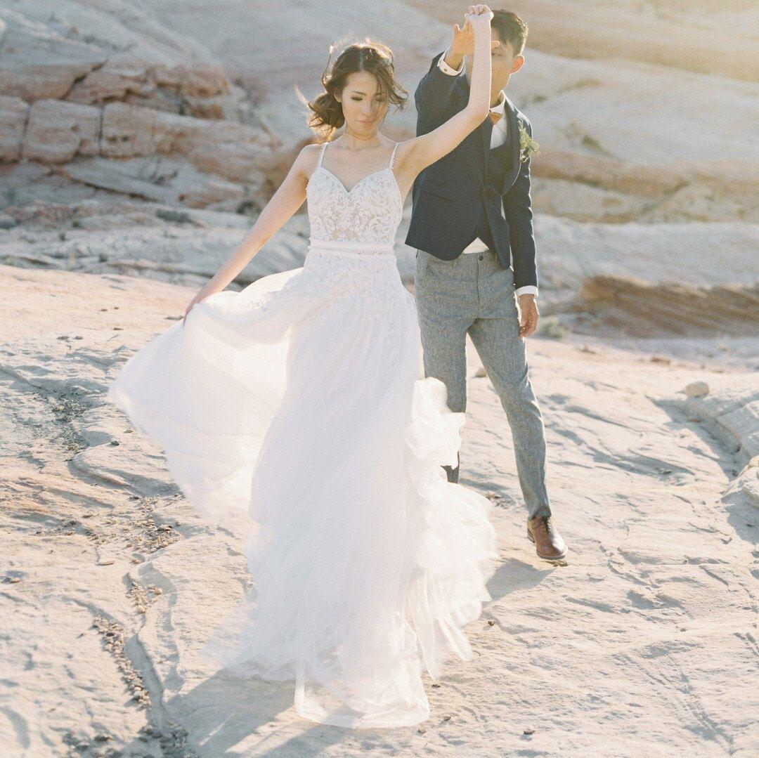 Tiered silk croche u chiffon wedding dress stunning bohemian