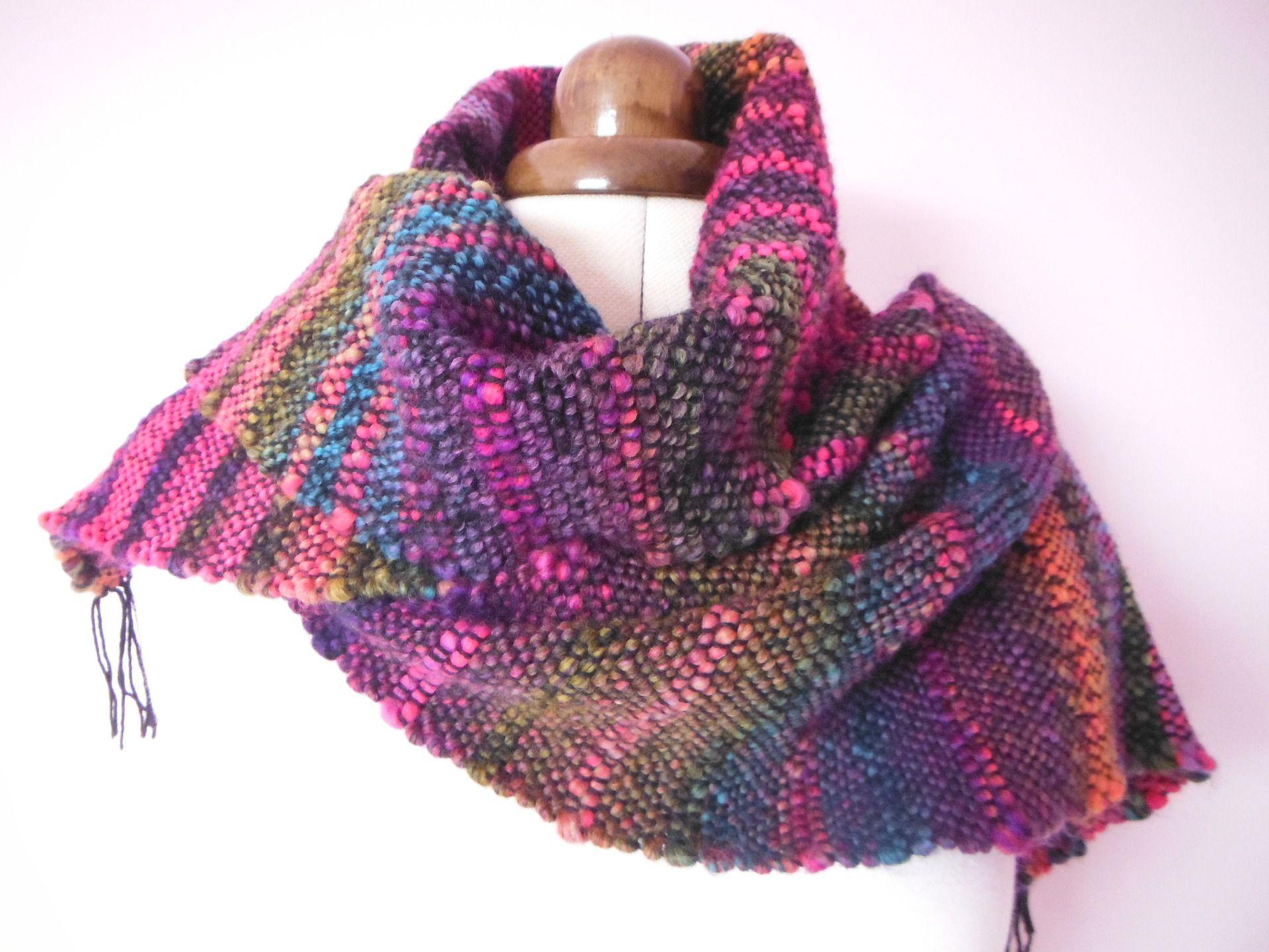 954d32711c4 Écharpe femme en laine multicolore