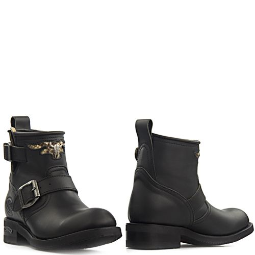 cdb69e4a2b1 Sendra 12620 bikerboots Carol Pull Oil zwart in 2018 | Things to ...
