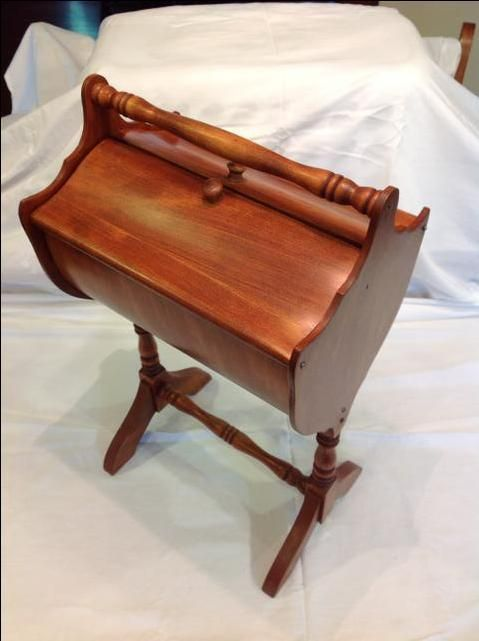 90.00 - Beautiful Vintage Walnut Wooden Sewing Stand  1b14dc2e76