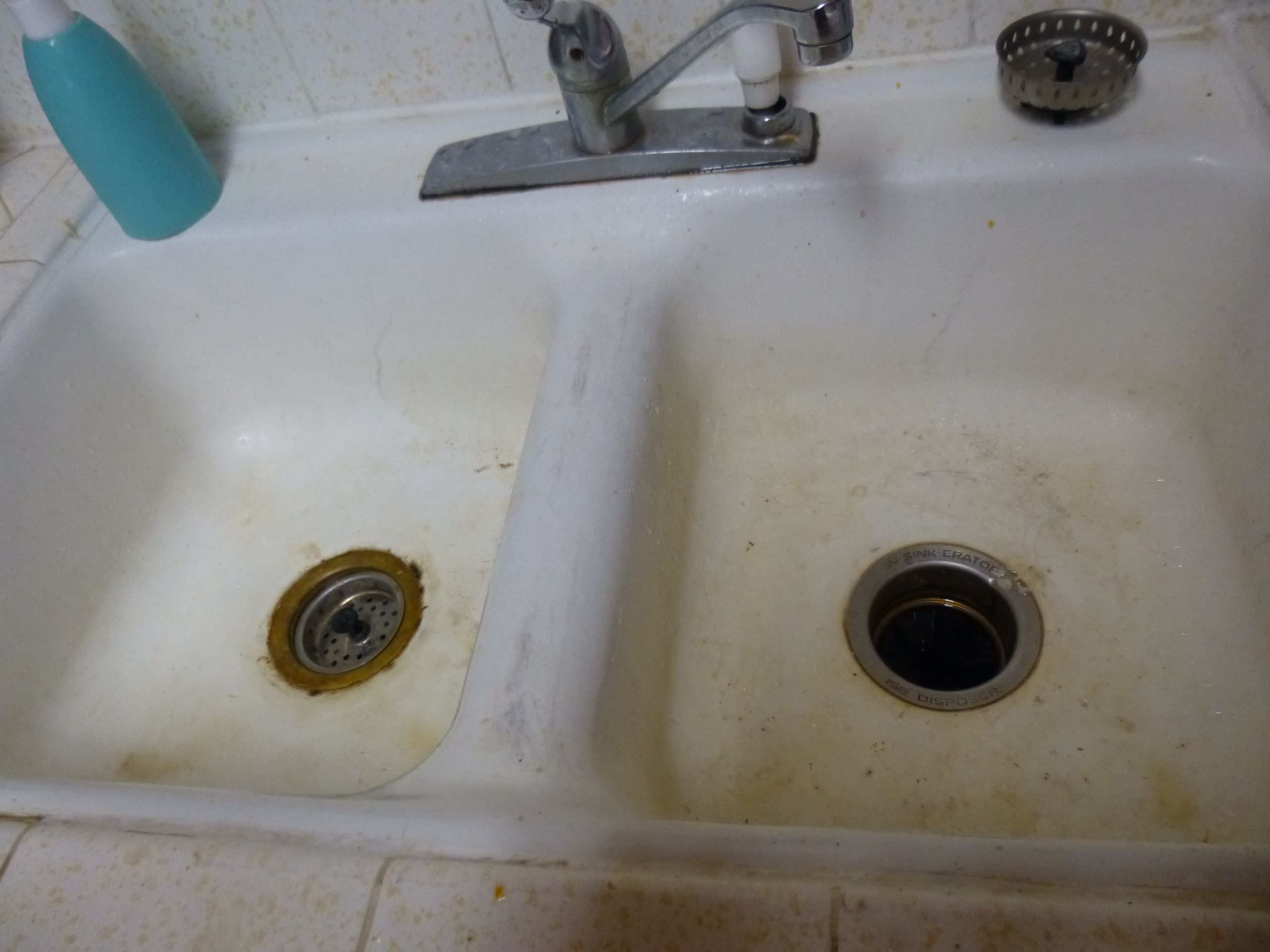 dirty kitchen sink drain grime faucet dirty