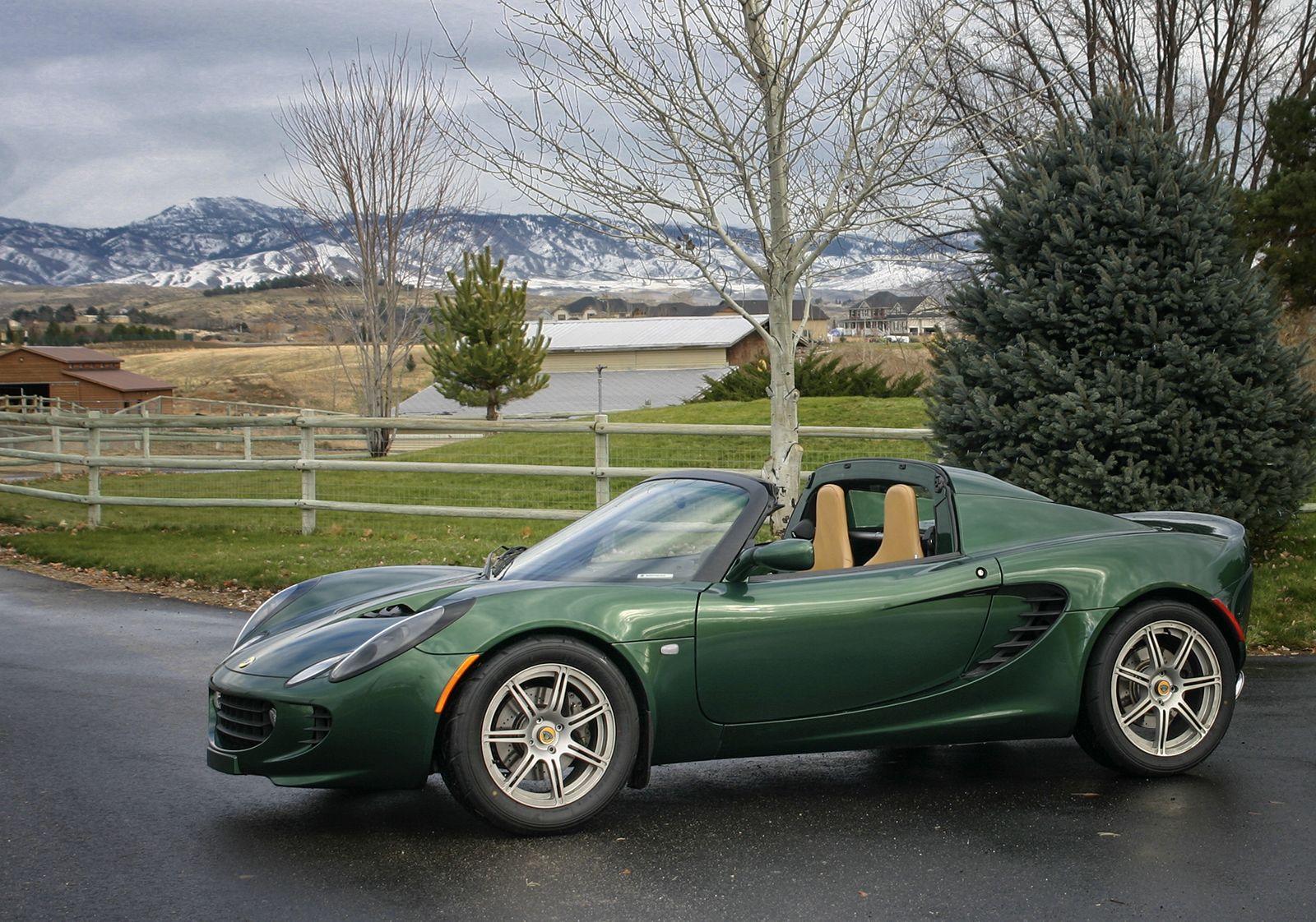 Lotus Elise In Proper British Racing Green