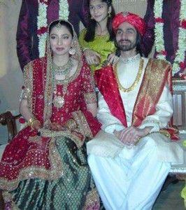 Check Here Pakistani Actress And Model Mahira Khan Marriage Wedding Pics Husband Ali Askari Son Azlaan Pictures Dramas Biography