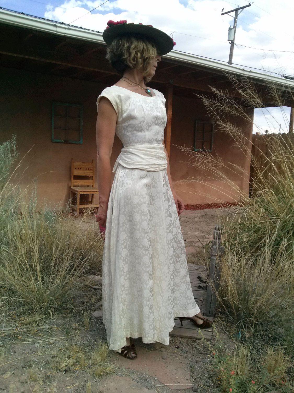 The bustle wedding dresses  Vintage s Wedding Gown Wedding Dress Satin Bustle US B  W