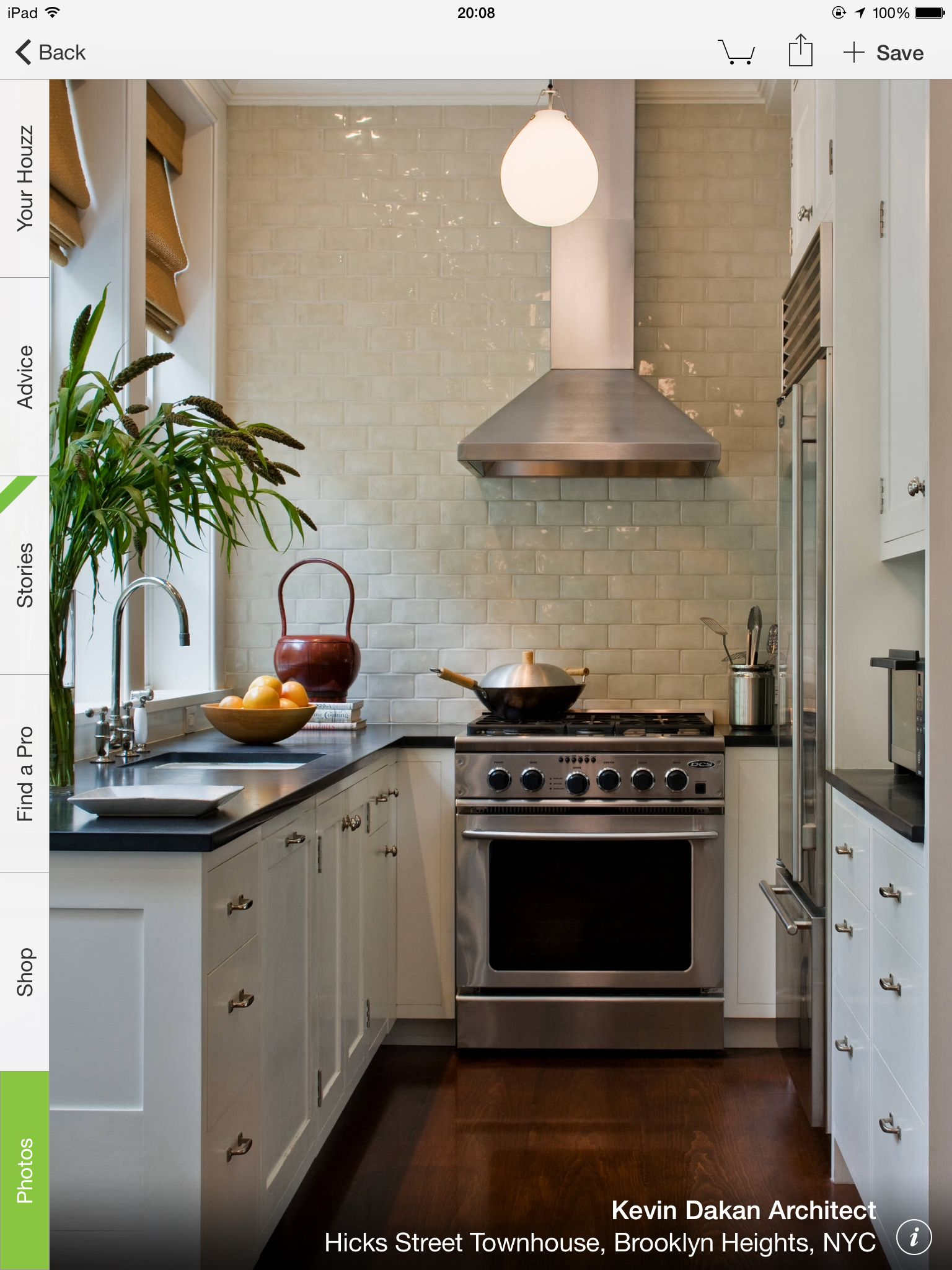 Stove middle of wall Kitchen design small, Kitchen design