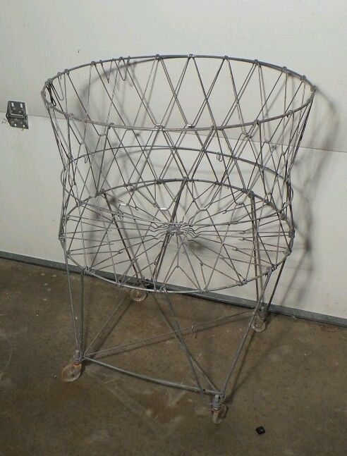 Vintage Round Metal Wire Collapsible Laundry Basket Cart On Wheels