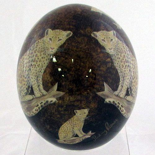 Наименование: Декоративное страусиное яйцо Производитель: Haus & Design Страна: Германия Артикул: GL1 Материал: Страусиное яйцо, роспись, лак Размеры: Высота: 16 см.