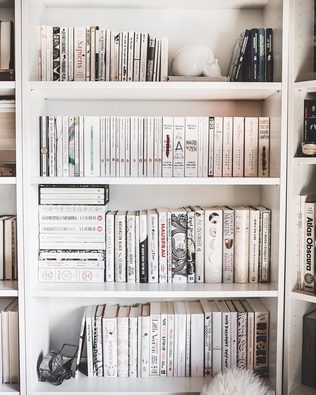 Pin Di Books